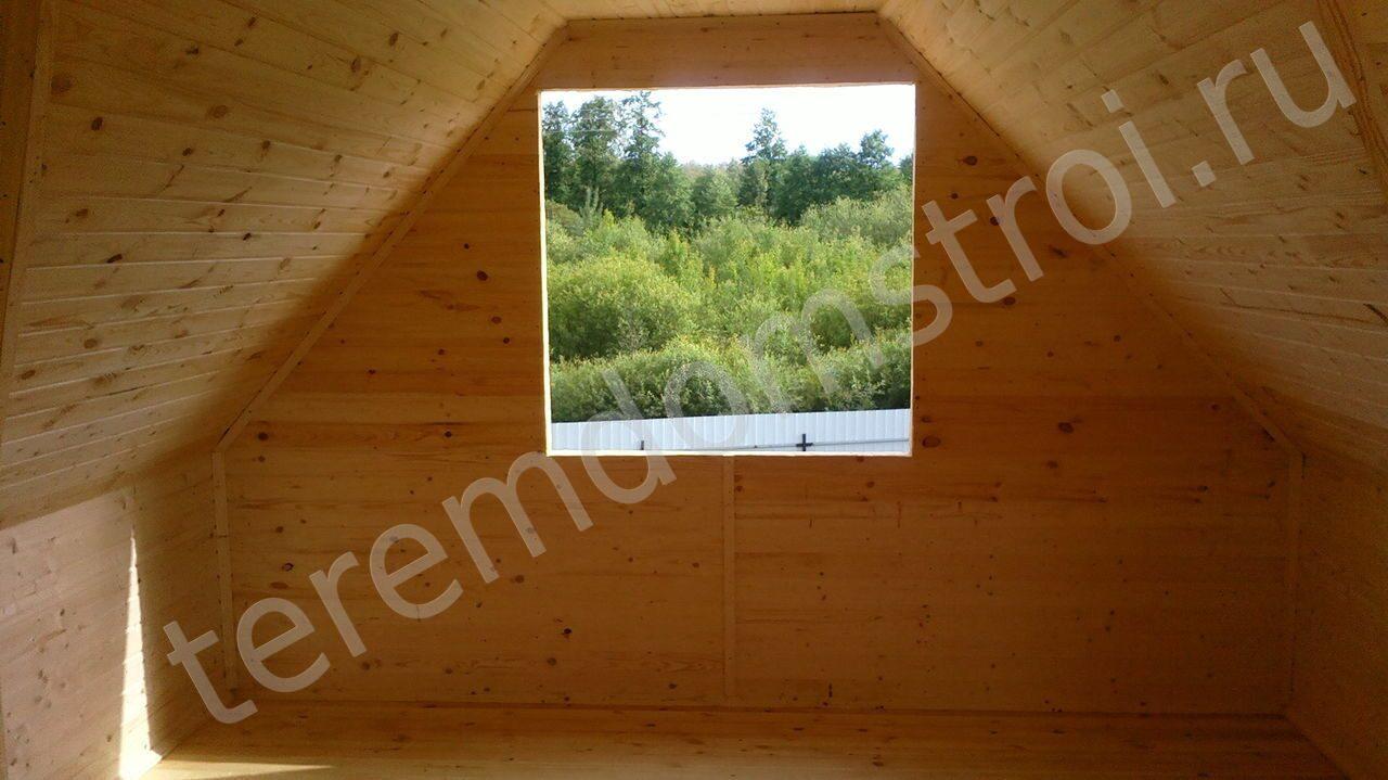 Ломаная крыша Ломаная крыша, вид внутри дома.