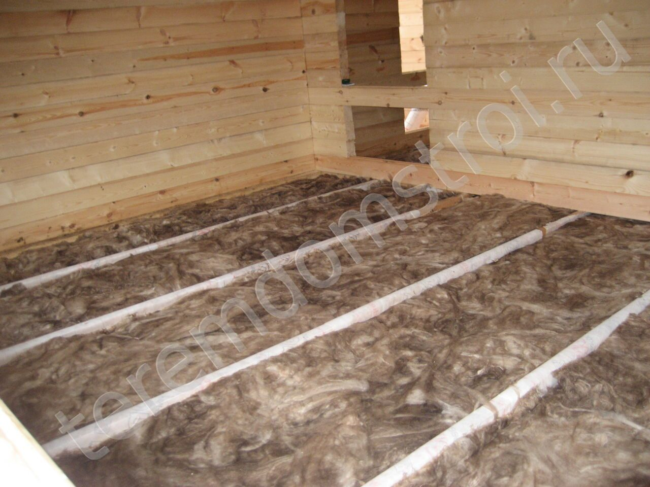 Как сделать бетонный пол в бане на сваях